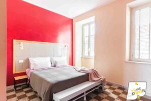 la tua camera a Roma